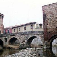 Ponte di San Rocco, visto dal letto del torrente Molgora