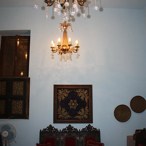an authentic home in the center of Amman .. a must see