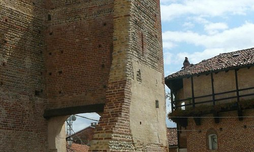 Merli - torre porta