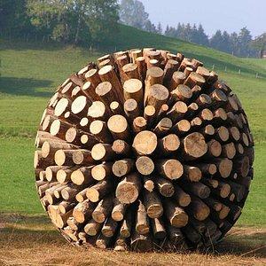 Holzkugel Maierhöfener Skulpturenweg