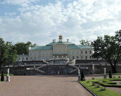 Большой Меншиковский дворец в Ломоносове