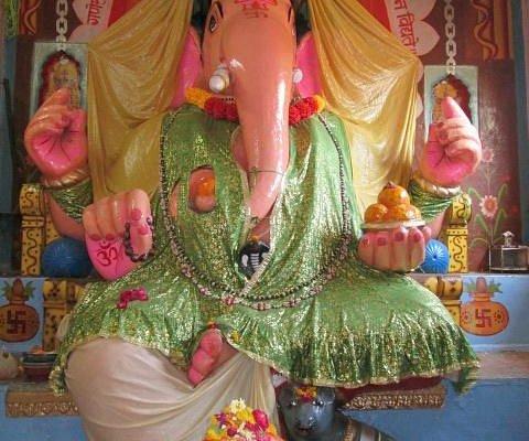 Bada Ganesh Idol in Temple
