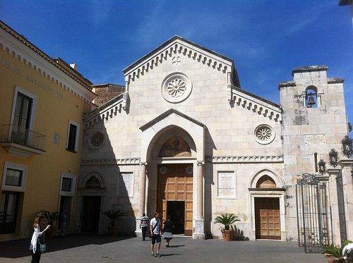 Facciata della Cattedrale di Sorrento
