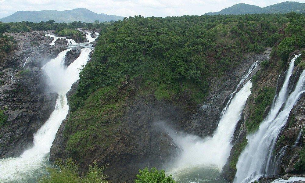 Milky water falls