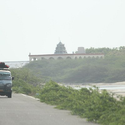 While reaching the Kothandramar Temple, left cut from the route to Dhanushkodi