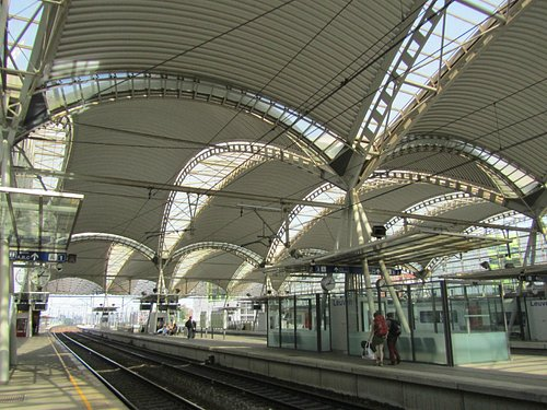 Leuven Train Station - train lines view