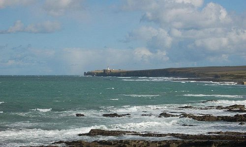 looking towards Noss Head across Sinclair's Bay
