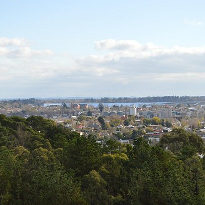 The view from Black Hill (3)