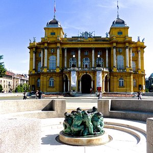 Well of Life with the Croatian National Theatre in the back ground