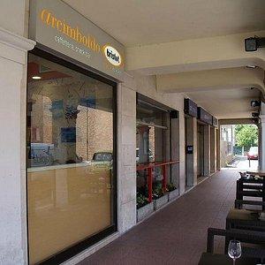 Arcimboldo Cafe