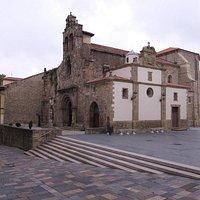 Iglesia de los Padres Franciscanos, Avilés