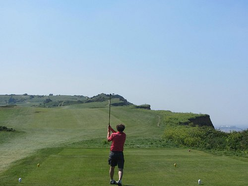 6th Hole beside the cliffs
