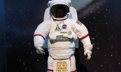 Take a picture with the Space Suit