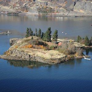 Island in Columbia
