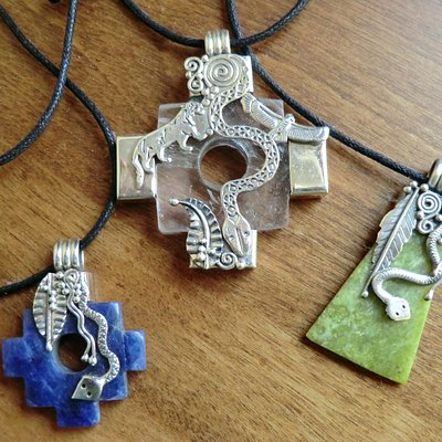 Wonderful handmade jewelry, using Peruvian silver and local stones.