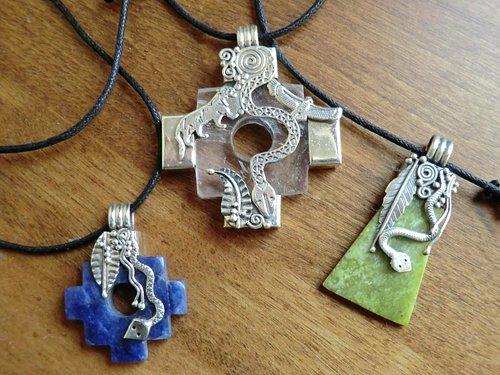 Wonderful handmade jewelry, using Peruvian silver and local stones.