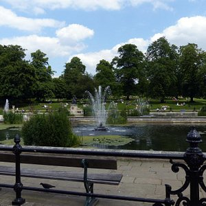 Italian Gardens - basin and fountain