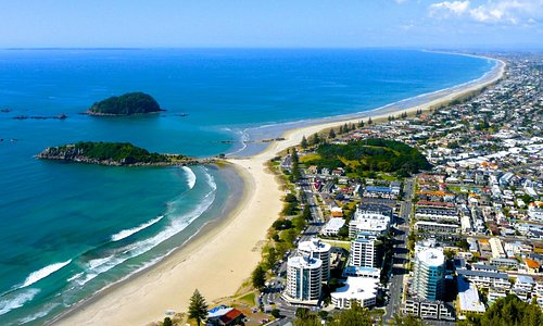 Mount Maunganui Main Beach from the summit of The Mount