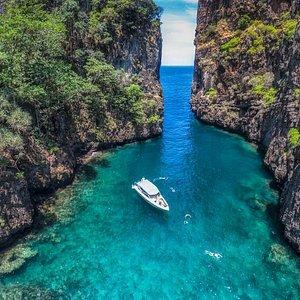 Stunning scenery around Phi Phi