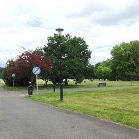 Wejście koło dyrekcji parku.