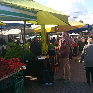 views of the outdoor market