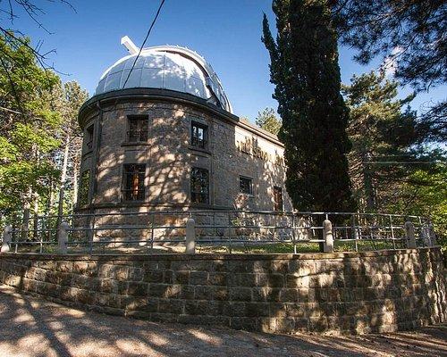 Edificio che ospita il telescopio Zeiss per la divulgazione scientifica con Sofos