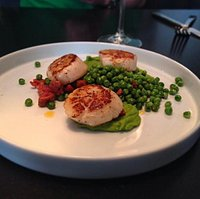 Scallops and fresh peas.