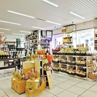 la piu' grande esposizione e vendita di prodotti Marchigiani