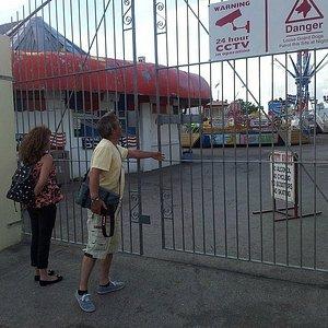 The closed fair gates