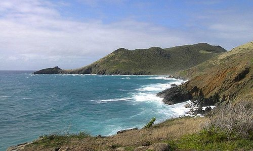 The rugged Guana Bay coastline - Scenic Coastal Hike