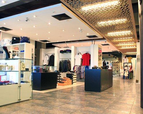 Moda Outlet Fashion Store