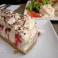 Raspberry and chocolate cheescake