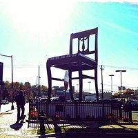 The 19.5 feet Duncan Phyfe Chair