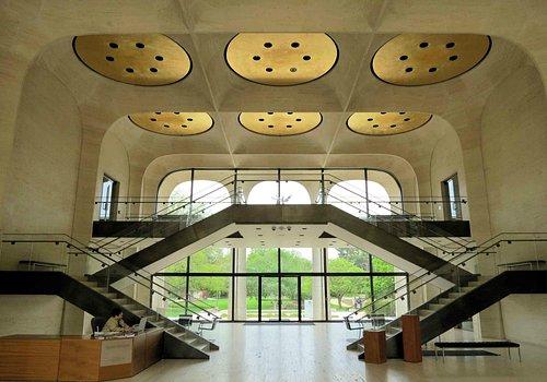 Sheldon Museum of Art - Lobby