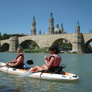 Despedidas, grupos de amig*s... disfrutando de una visión diferente de la capital del Ebro!-)