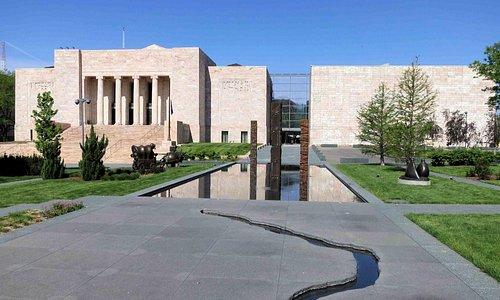 Joslyn Art Museum - Sculpture Garden