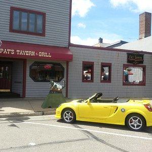 Pat's tavern,  grill and outdoor  beer garden, Rhinelander,  Wi.
