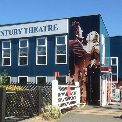 Century Theatre, Coalville in the sun