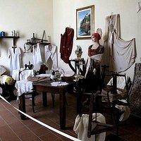 Una delle stanze della Casa di Graziella a Procida