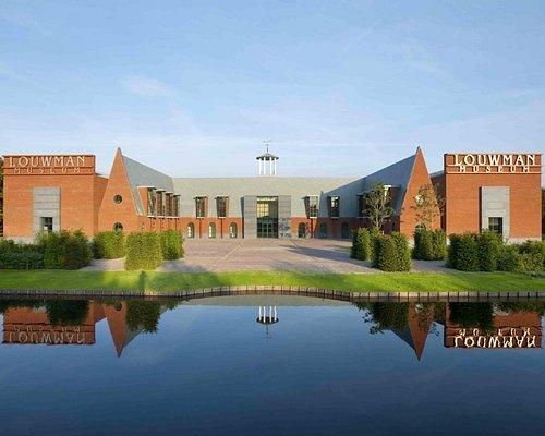 Louwman Museum - frontside