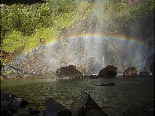 complete rainbow at the fall