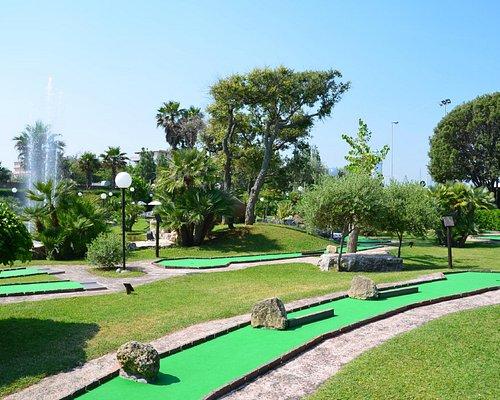 Green & scenery