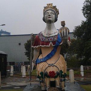 Figurehead of Victoria.
