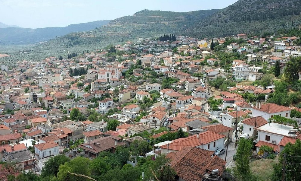 View of the city of Amfissa from the Castle