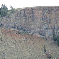 Discordanza angolare tra Tufo e rocce del Cretaceo