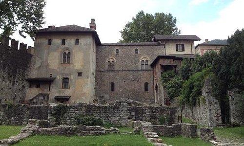 visconteo castle/internal side