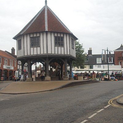 Wymondham Market Cross