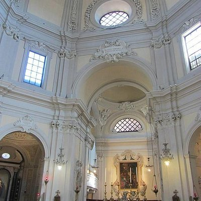 Interior of Santa Maria del Suffragio