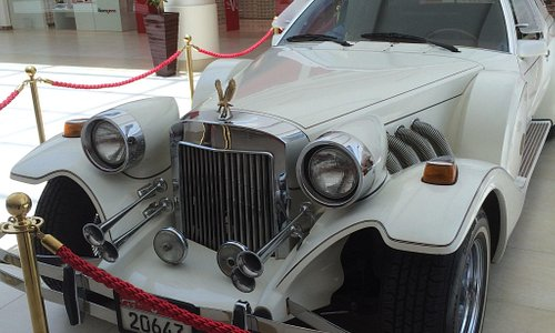 Classic cars exhibition at Wahat Al Hili Mall