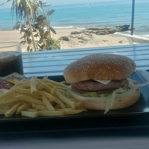 Rica hamburguesa con vistas!!!